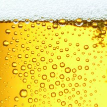 Bierfond mit Tropfen 8 Ausschnitt